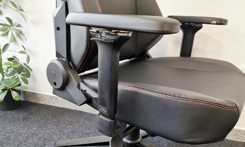 New 2020 armrest